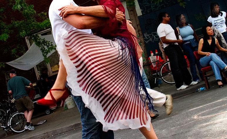 tango enthusiasts
